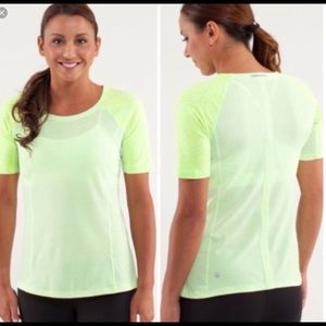 Lululemon Turn it up tee
